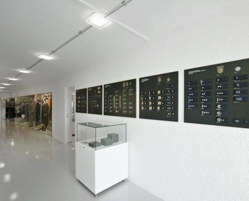 Anlage 05 - Foto Themeninsel Uniformgeschichte